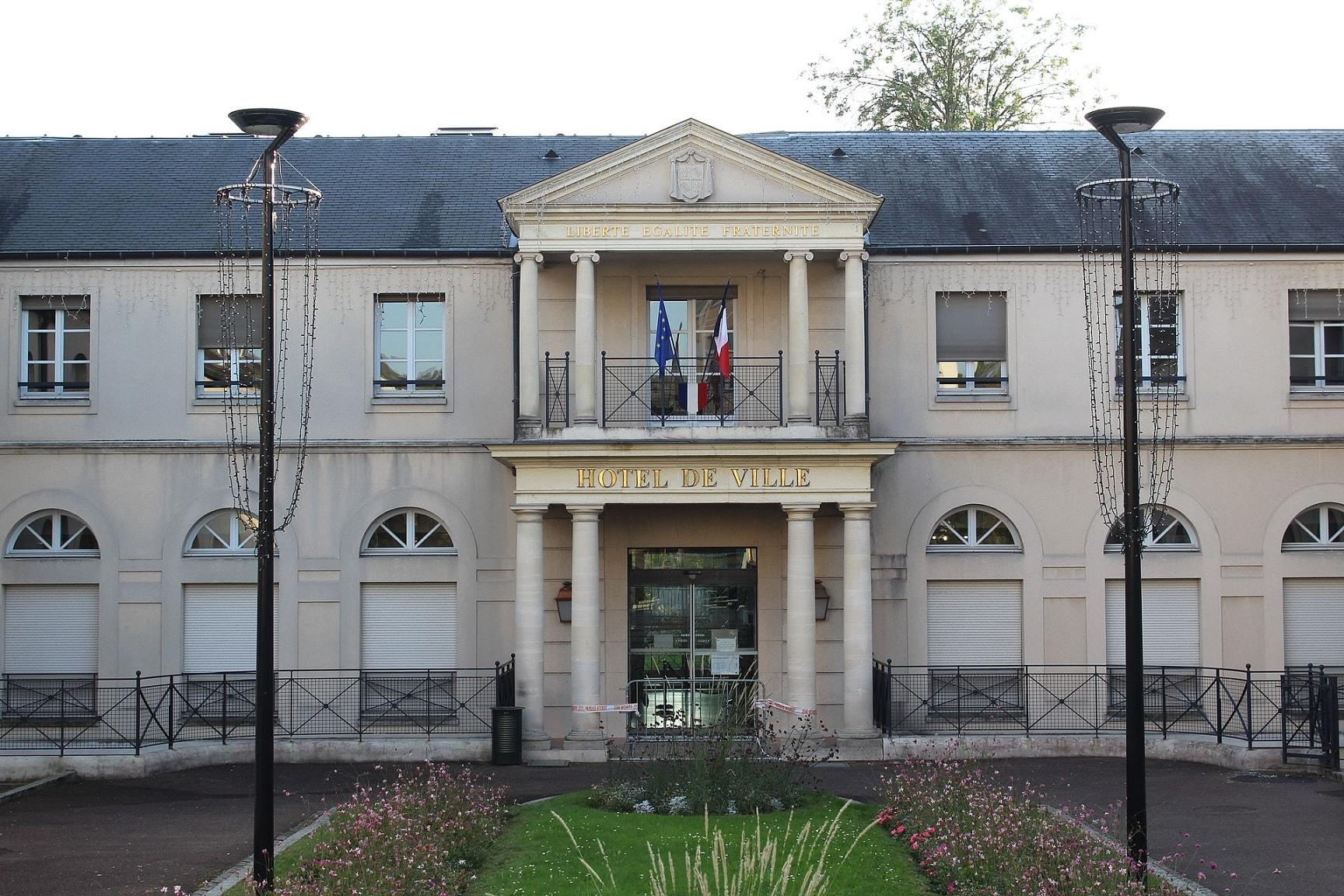 taxi conventionné Chelles Seine-et-Marne mairie hôtel de ville